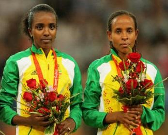 Meseret Defar and Tirunesh Dibaba at Zurich 2013 5000m Diamond League
